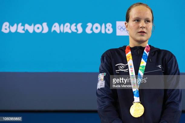 Gold medalist Anastasia Gorbenko of Israel poses for a photo during the medal ceremony of oWomens 200m Individual Medley n Day 1 of the Buenos Aires...