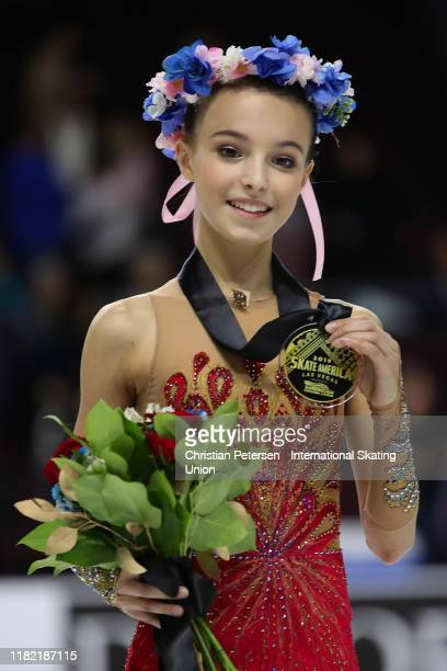 Gold medalist Anna Shcherbakova of Russia poses after winning in the ladies competition during the ISU Grand Prix of Figure Skating Skate America at...
