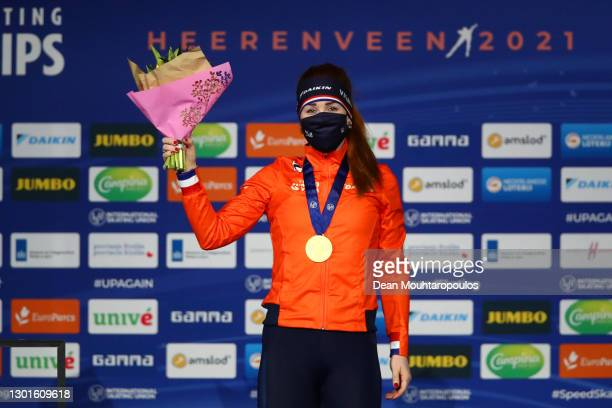 Gold medalist Antoinette de Jong of Netherlands celebrates on the podium during the medal ceremony for the 3000m Ladies race during the ISU World...