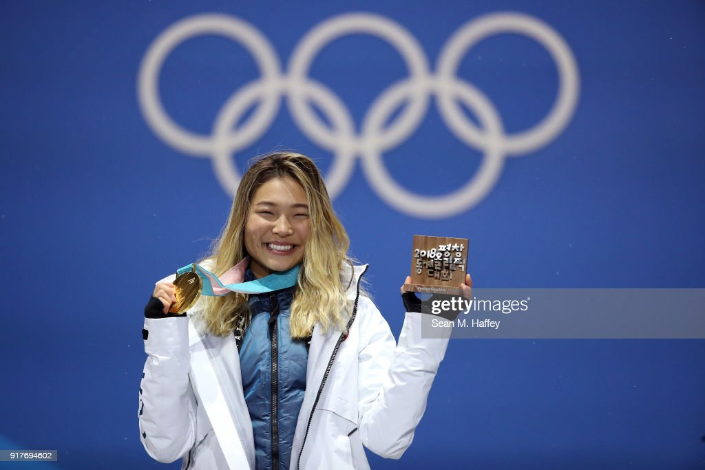 Medal Ceremony - Winter Olympics Day 4 : Foto di attualità