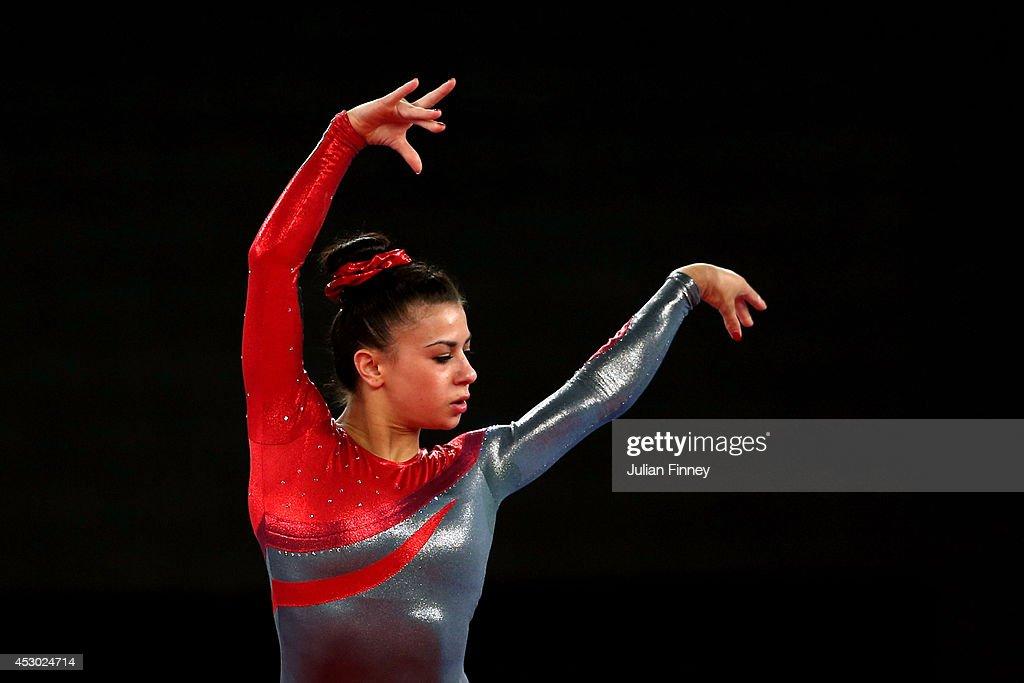 20th Commonwealth Games - Day 9: Artistic Gymnastics : News Photo