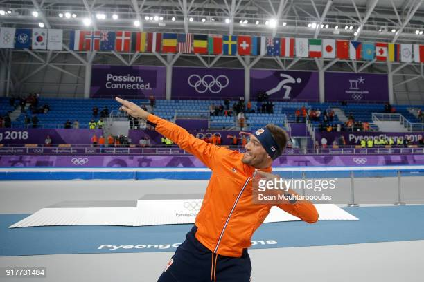 Gold medalist Kjeld Nuis of the Netherlands celebrates on after the Men's 1500m Speed Skating on day four of the PyeongChang 2018 Winter Olympic...
