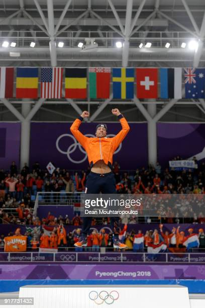 Gold medalist Kjeld Nuis of the Netherlands celebrates on the podium after the Men's 1500m Speed Skating on day four of the PyeongChang 2018 Winter...