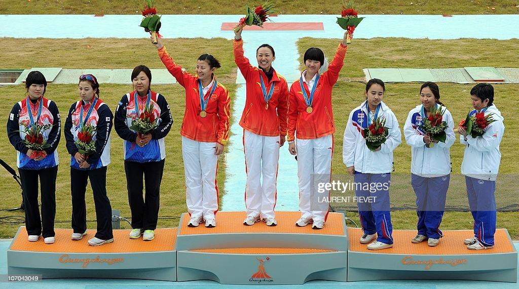 Gold medalists Li Qingnian, Li Rui and Z : News Photo