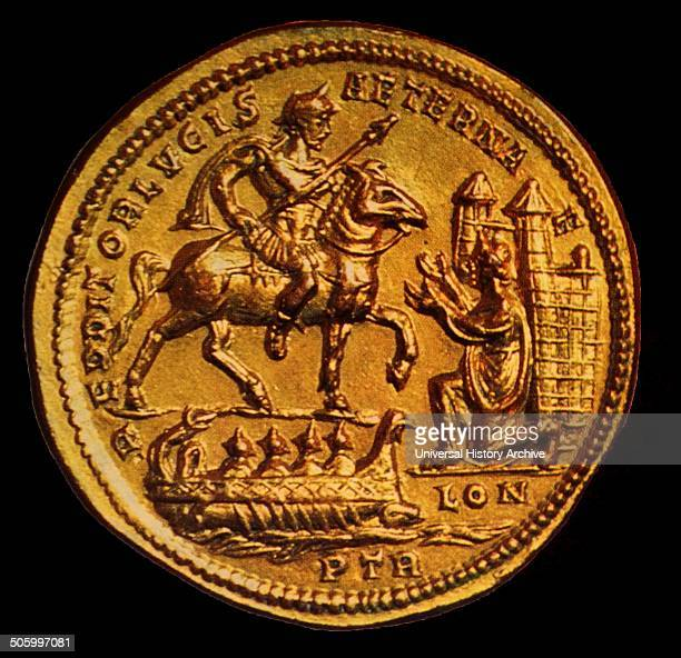 Gold medallion depicting Emperor Constantius entry into London Dated 280 AD