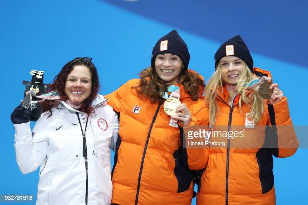 Gold medallist Bibian MentelSpee of Netherlands Silver medallist Brittany Coury of USA and Bronze medallist Lisa Bunschoten of Netherlands celebrate...