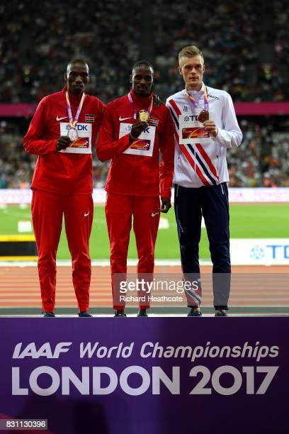 Gold medallist Elijah Motonei Manangoi of Kenya poses with silver medallist Timothy Cheruiyot of Kenya and bronze medallist Filip Ingebrigtsen of...