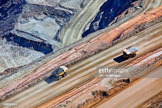 (kcgm.) gold mine,western australia - 金属鉱石 ストックフォトと画像