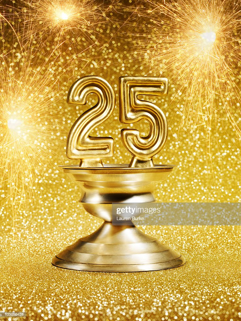 Gold Number 25 Trophy : Stock Photo