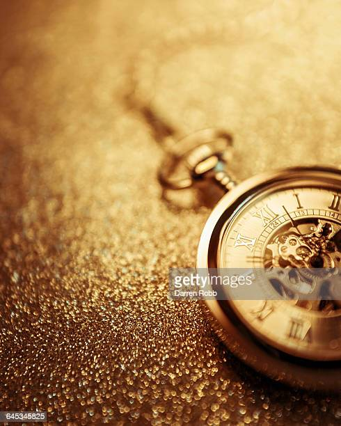 gold pocket watch and chain - pocket chain stock pictures, royalty-free photos & images
