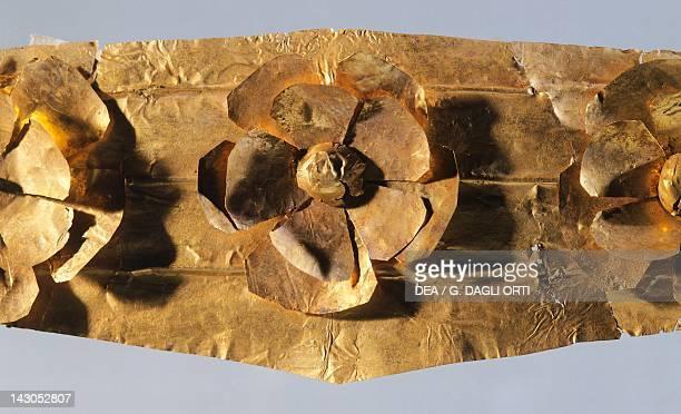 Gold tiara from Marcellina Lazio Italy Detail Goldsmith art Greek civilization Magna Graecia Reggio Di Calabria Museo Nazionale Della Magna Grecia