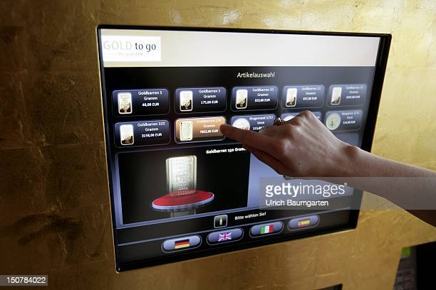 Gold to go - real gold bars and gold coins, one can avail oneself directly at a gold machine in Wiesbaden - from one gram bar to a 250 gram gold...