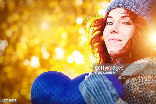 golden outono retrato de jovem linda garota - novembro azul - fotografias e filmes do acervo