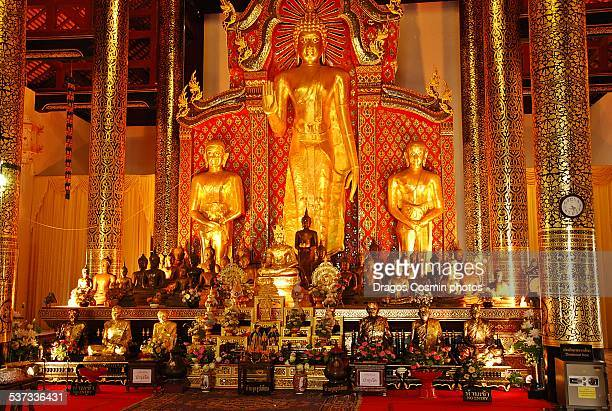Golden Buddha standing at Wat Chedi Luang temple