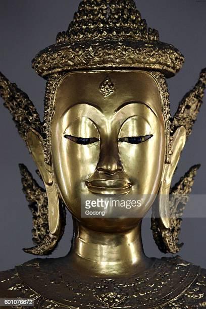 Golden Buddha Statue Wat Pho Bangkok Thailand