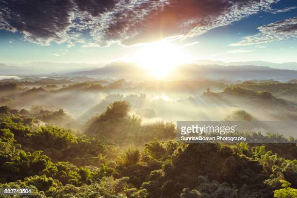 golden daybreak - sunrise mountain peak stock pictures, royalty-free photos & images