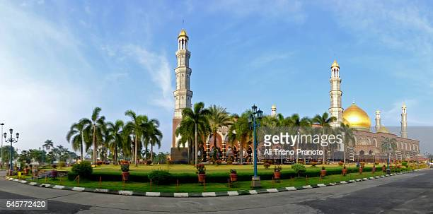 Golden dome (Dian Al Mahri) Mosque in early morning