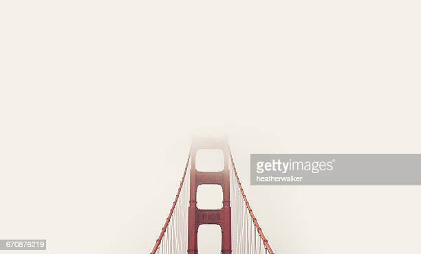 golden gate bridge in mist, san francisco, california, america, usa - san francisco bridge fotografías e imágenes de stock