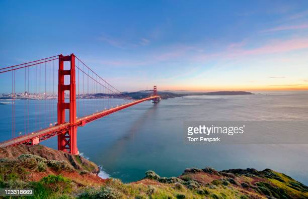 golden gate bridge over bay - golden gate bridge stock pictures, royalty-free photos & images