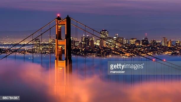 Golden Gate Bridge with city in background, San Francisco, California, America, USA