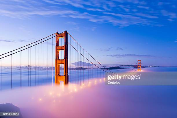 Golden Gate Bridge in San Francisco-Nebel