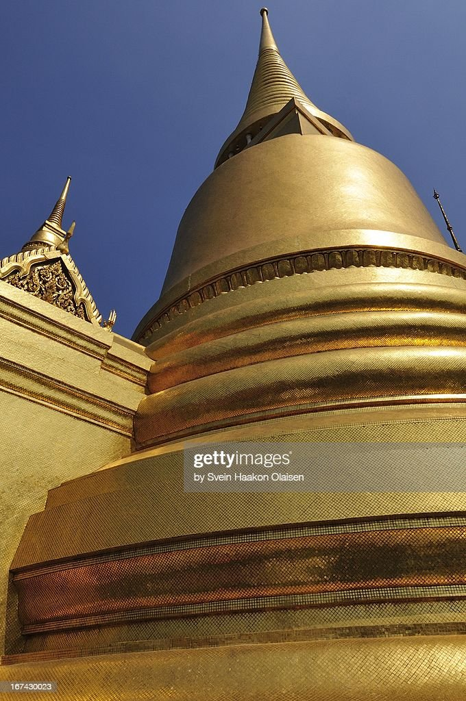 Golden Jedi at Grand Palace (Wat Phrakaew) : Foto de stock