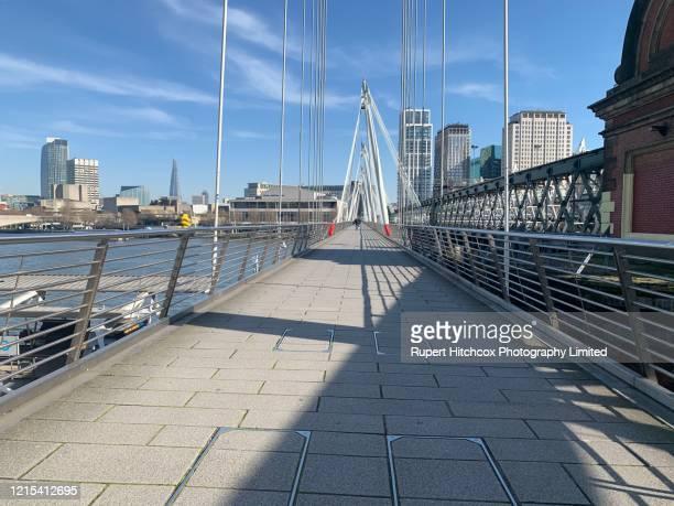 golden jubilee bridge - corona landmarks stock pictures, royalty-free photos & images