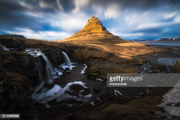 golden kirkjufell - impossiable stock pictures, royalty-free photos & images