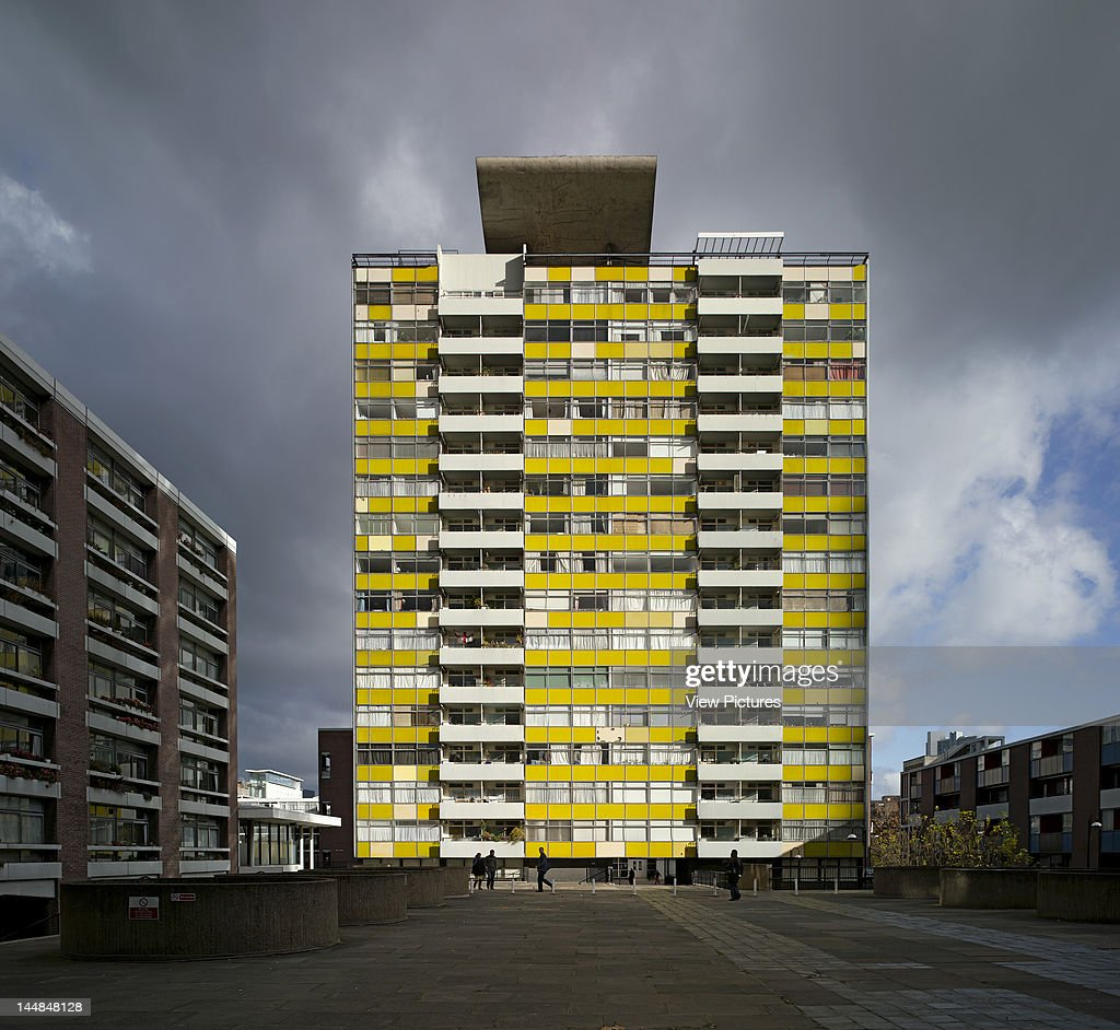 Golden Lane Housing Estate, Golden Lane, London, Ec4, United Kingdom, Architect: Chamberlin Powell And Bon, 1982, Golden Lane Estate Barbican London 2010 Chamberlin Powell And Bon 1982 Great Arthur House