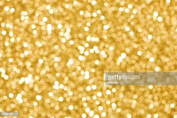 ゴールドの照明