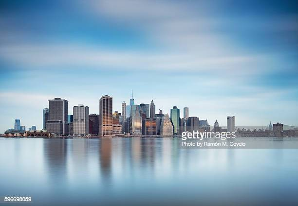 golden manhattan - lower manhattan stock pictures, royalty-free photos & images