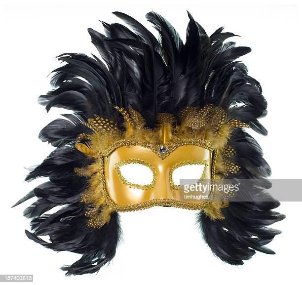 maschera mardi gras piuma d'oro isolato su bianco - maschere carnevale foto e immagini stock