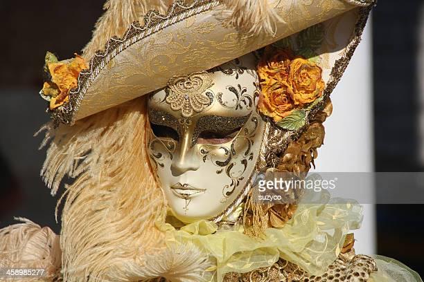mascherina dorata - maschere veneziane foto e immagini stock