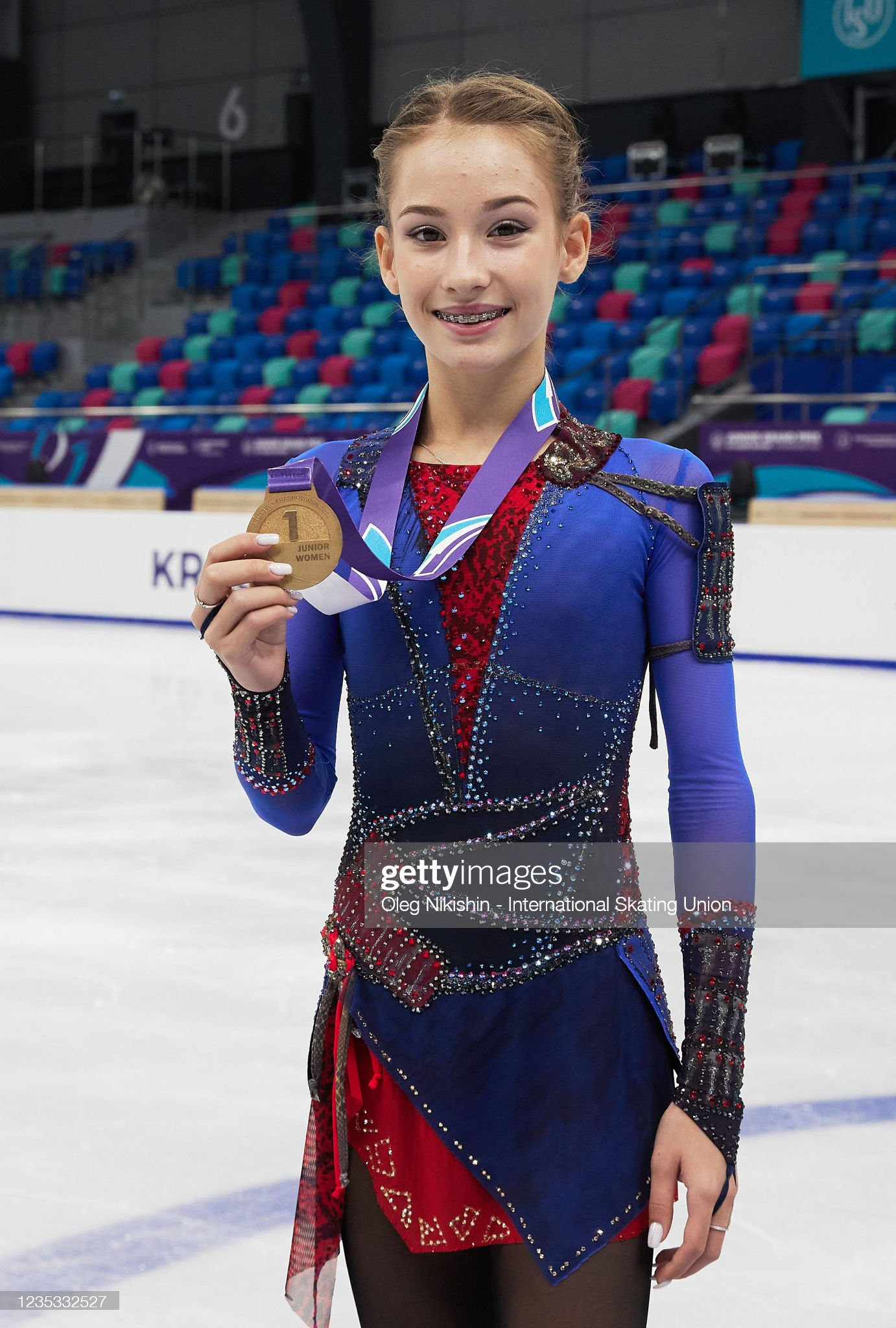https://media.gettyimages.com/photos/golden-medalist-sofia-akateva-poses-after-a-win-ceremony-the-isu-picture-id1235332527?s=2048x2048