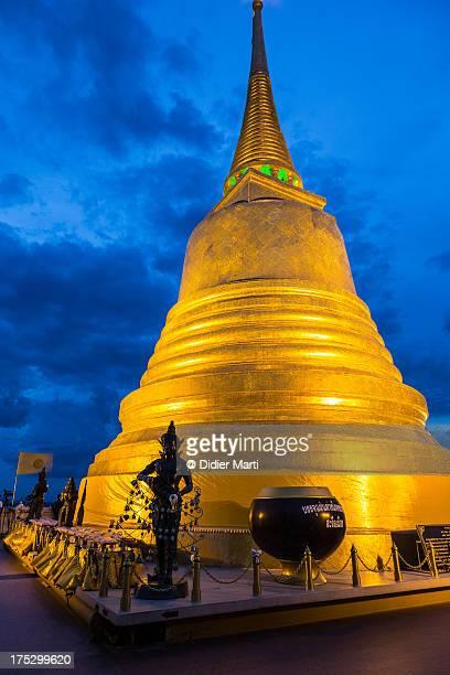 golden mount stupa - bangkok - didier marti stock-fotos und bilder