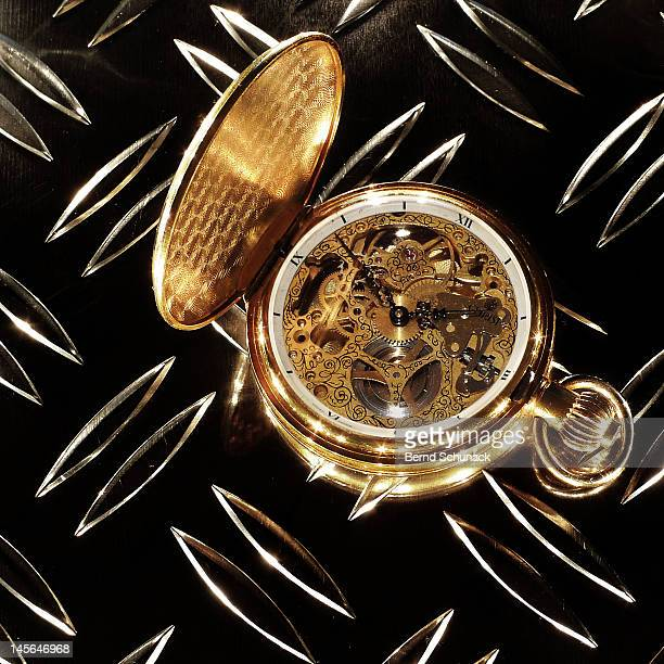 golden pocket watch - bernd schunack stock-fotos und bilder