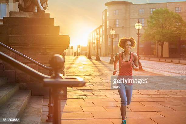 golden start to the day - liverpool training stock pictures, royalty-free photos & images