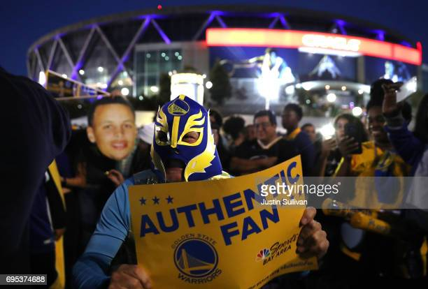 Golden State Warriors celebrate outside of Oracle Arena on June 12 2017 in Oakland California The Golden State Warriors defeated the Cleveland...