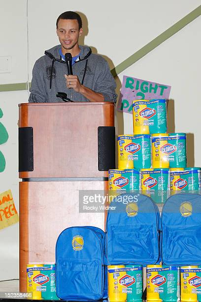 Golden State Warriors guard Stephen Curry speaks to students at Garfield Elementary on September 17 2012 in Oakland California NOTE TO USER User...