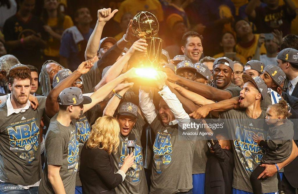 Golden State Warriors win NBA title : News Photo