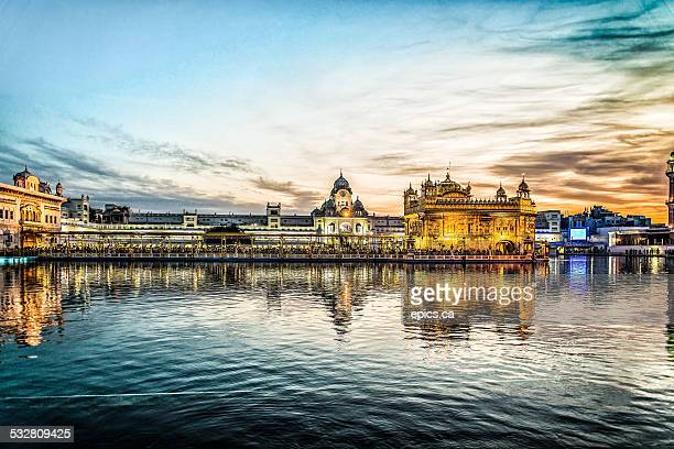 golden temple - amritsar stock pictures, royalty-free photos & images