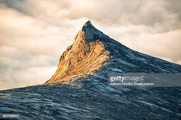 golden time at south peak mount kinabalu - kota kinabalu stock pictures, royalty-free photos & images