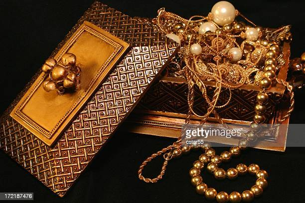 Golden Treasure Chest with gold and pearl jewelry