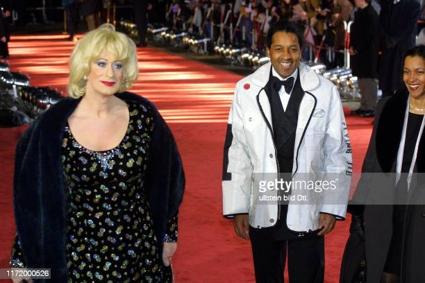 Goldene Kamera 2001 Berlin Gendarmenmarkt Schauspielhaus Konzerthaus Hoerzu Cherno und Francine Jobatey Lilo Wanders
