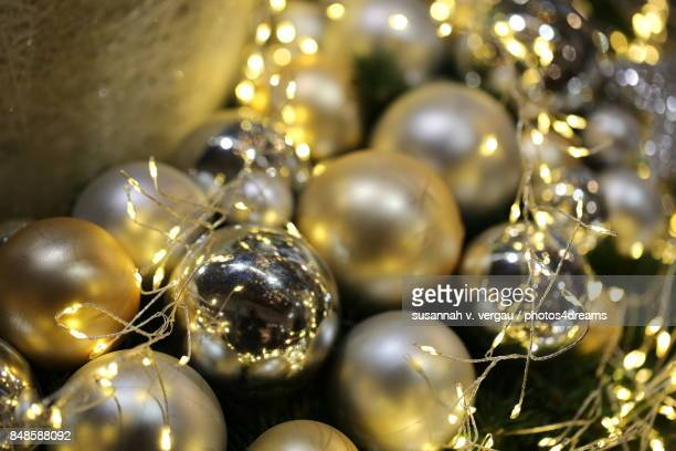 Moderne Christbaumkugeln.60 Top Silver Hesse Pictures Photos Images Getty Images