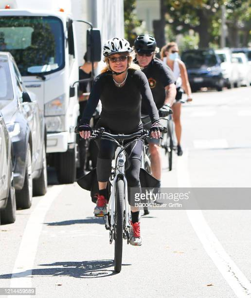 Goldie Hawn and Kurt Russell are seen on May 21, 2020 in Los Angeles, California.