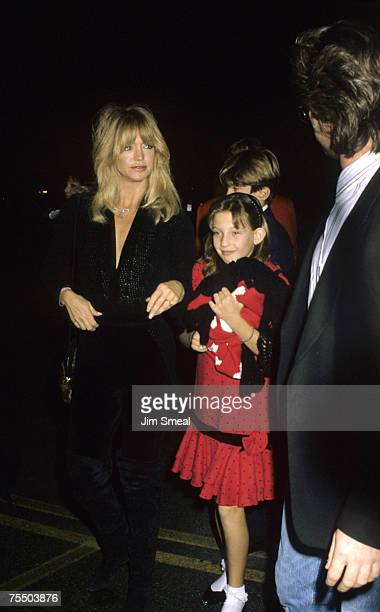 Goldie Hawn Kurt Russell and Kate Hudson at the Hollywood Palladium in Hollywood California