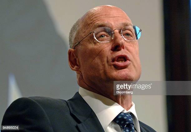 Goldman Sachs Group Chief Executive Henry M Paulson speaks at the Handelsblatt Banken im Umbruch conference in Frankfurt Germany Wednesday September...