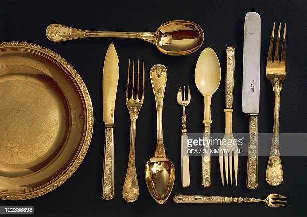 Goldsmith's art 19th century Vermeil cutlery set with case