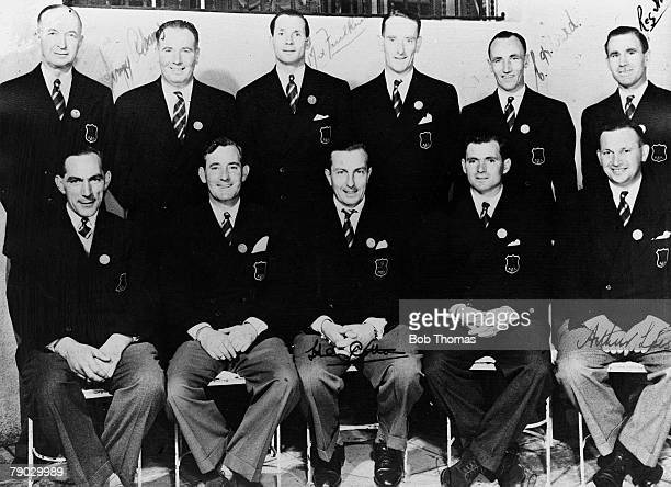 Golf 1947 Ryder Cup A group picture of the Great Britain and Northern Ireland team Commander RCT ROE J Adams M Faulkner E Green CH Ward RW Horne SL...